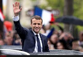 رییس جمهوری فرانسه: حجاب با تمدن سازگار نیست