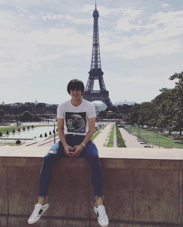 سردار آزمون در پاریس (عکس)