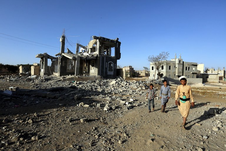 جنگ یمن؛ شلیک 7 موشک حوثیها به سمت 5 شهر عربستان سعودی