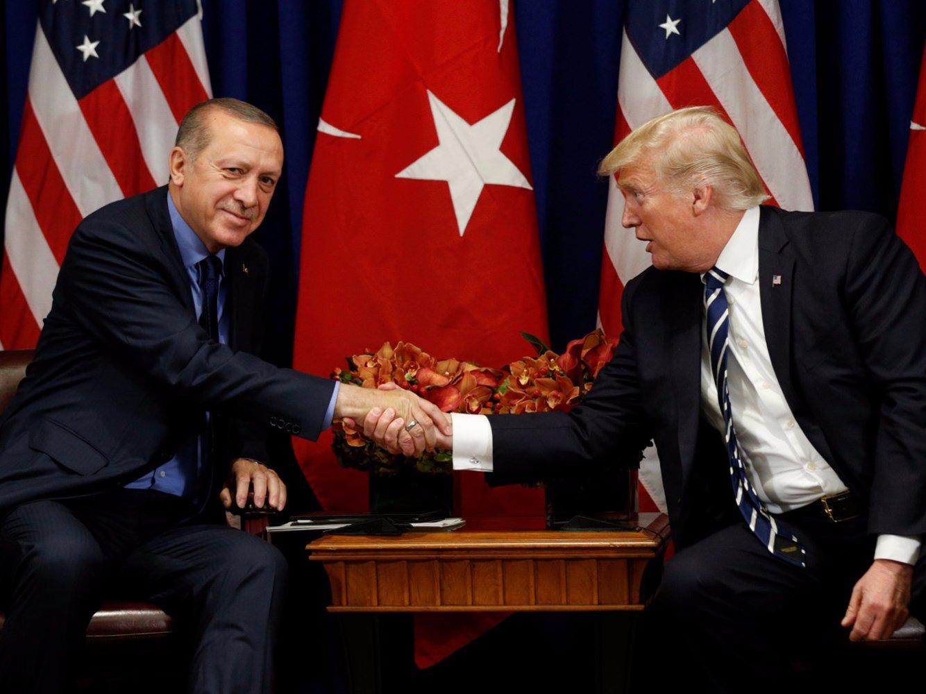 ماجراي گفتگوي تلفني ترامپ  با اردوغان: سوريه براي شما، ما خارج ميشويم!