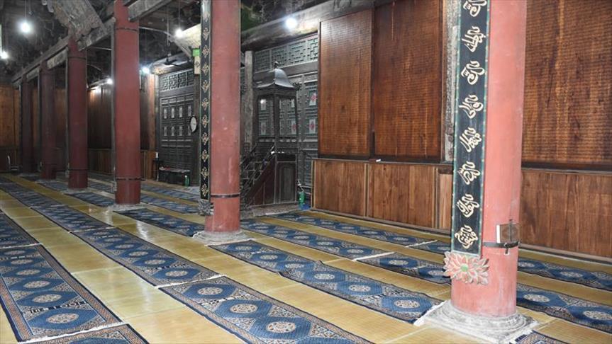 بسته شدن درهای 3 مسجد به روی نمازگزاران در چین