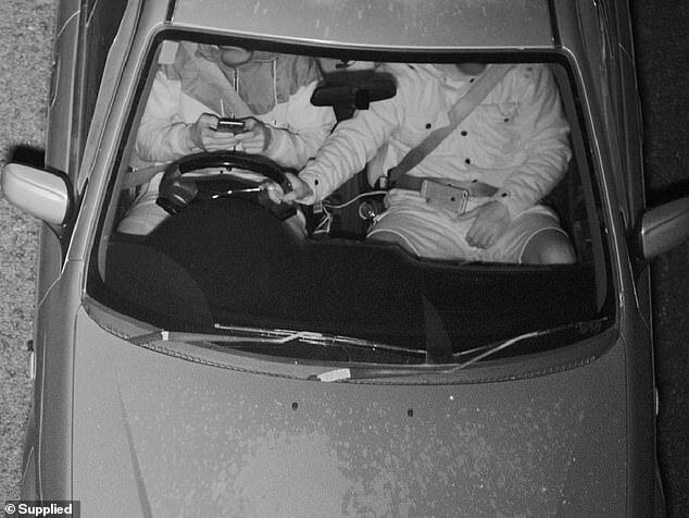 دوربینهای نامحسوس که داخل ماشین را هم میبینند