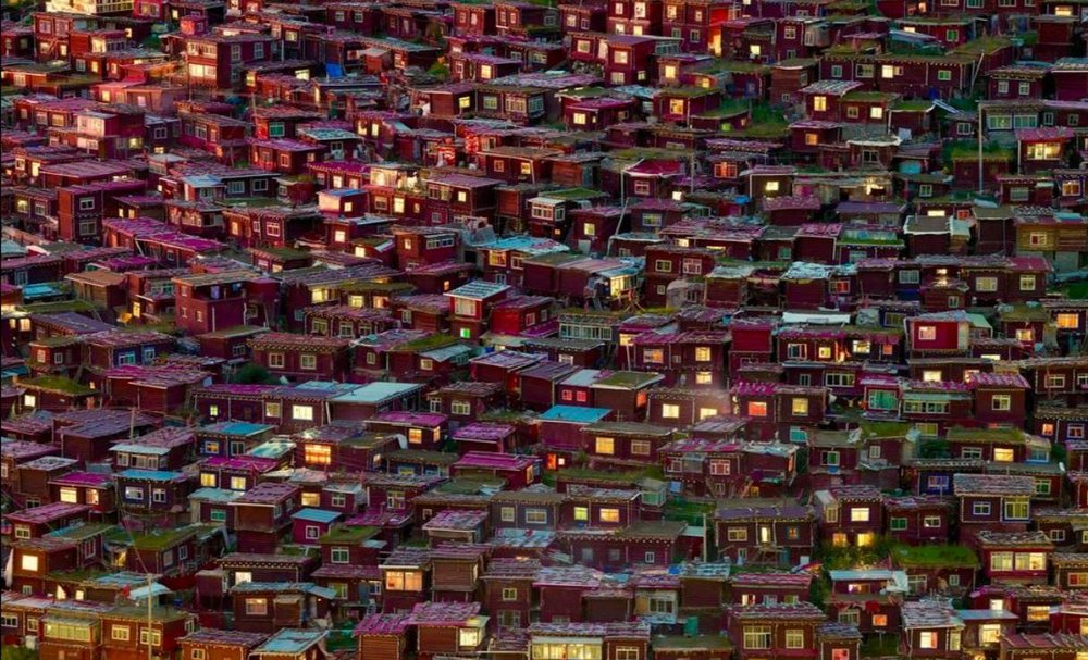 خانههای سرخ در عکس روز نشنال جئوگرافیک (عکس)