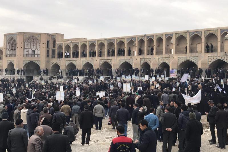 تجمع کشاورزان اصفهان برای احقاق حقابه