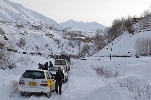 زنجان؛ برف سنگین راه ۴۵ روستا را بست