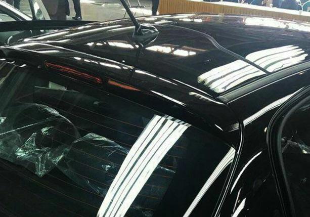 معاون ایران خودرو: فروش 207 و دنا پلاس با سقف پانوراما / رونمایی از خودروی جدید به زودی ( عکس)