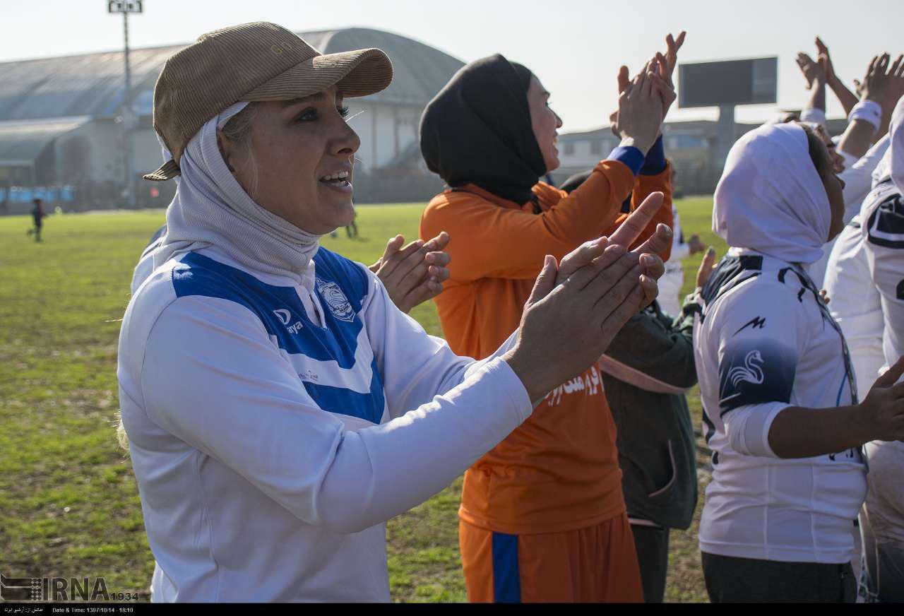 بازگشت دختران ملوان بندرانزلی به لیگ برتر با هواداران پرشور