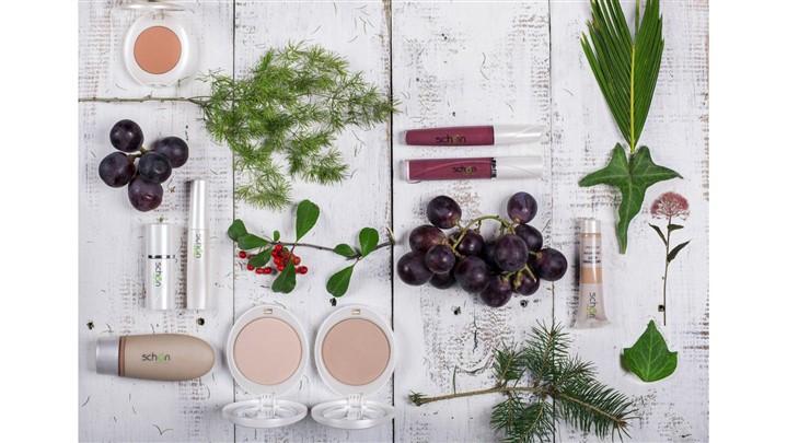 چرا باید از محصولات آرایشی گیاهی استفاده کرد؟