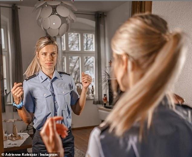 زیباترین زن پلیس آلمان به شغلش بازگشت (+عکس)
