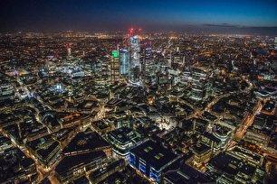 چشم انداز لندن در شب (عکس)