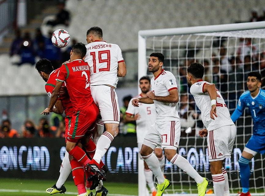 ایران 2 ـ عمان 0 / گزارش زنده