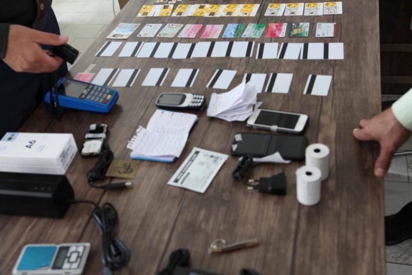 صندوق دار سارق دستگیر شد / خرید پیتزای 38 میلیون تومانی!