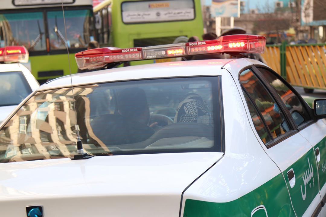 درگیری پلیس تهران با سارقان مسلح در خیابان جمهوری / 3 سارق دستگیر و 1 نفر مجروح شد (+عکس)