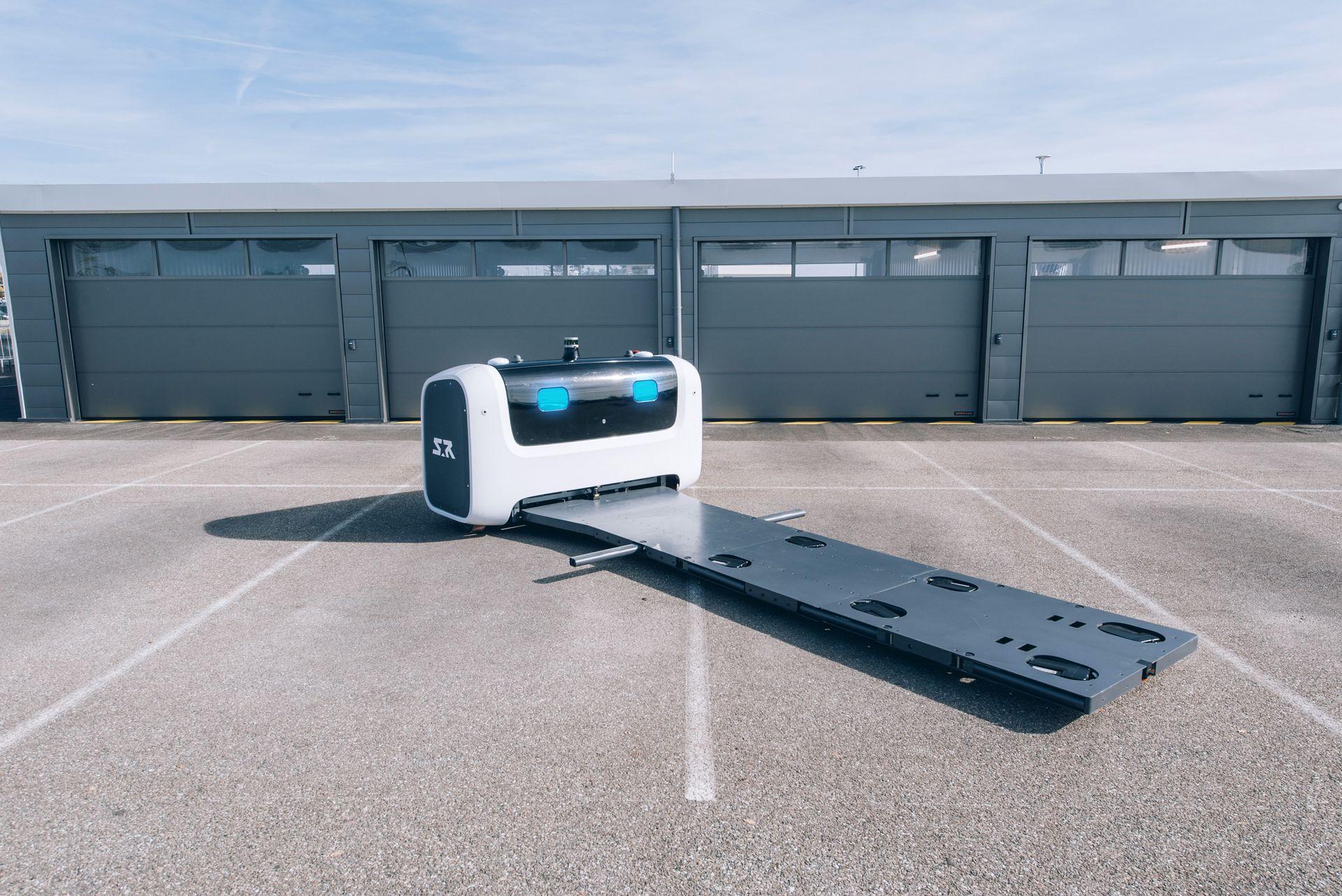 روباتها جدید پارک خودرو در فرودگاه لندن