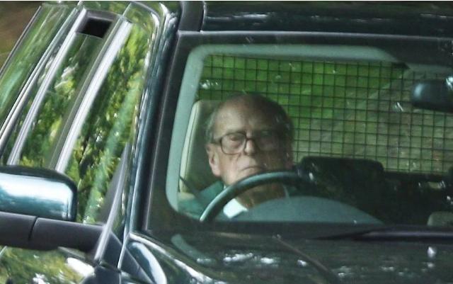 خداحافظی همسر ملکه انگلیس از رانندگی در 97 سالگی