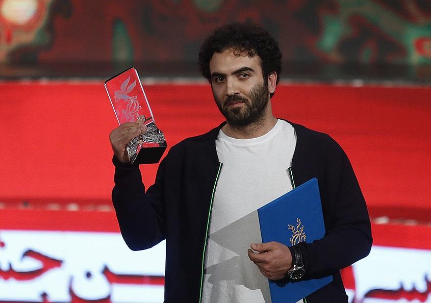مسخره بازی: کپی ناشیانه حرکت اعتراضی مارلون براندو در اختتامیه جشنواره فجر