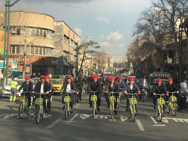 دوچرخه سواری حناچی و شهرداران کلانشهرها تا دفتر جهانگیری