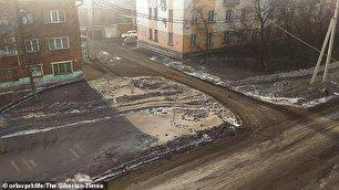 بارش برف سیاه در روسیه (+عکس)