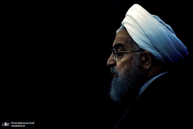 آقای روحانی! نمی دانید یا تجاهل می کنید؟ /  کاری زشت که به مردم بگوئید کالا ارزان است اما شما نمیتوانید بخرید ولی همسایه میخرد