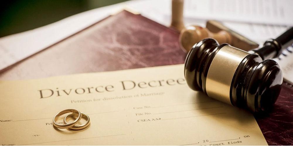 خیانت همسر چگونه اتفاق می افتد و چکار باید کرد؟