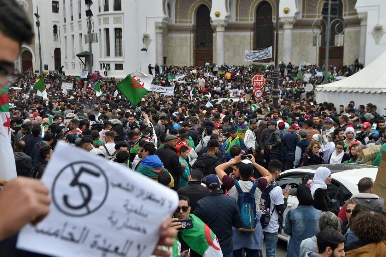 الجزایر؛ ادامه تظاهرات علیه