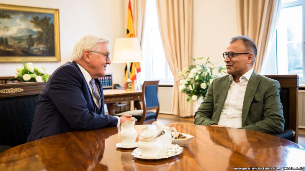 دیدار نویسنده ایرانی با رئیس جمهوری آلمان (+عکس)