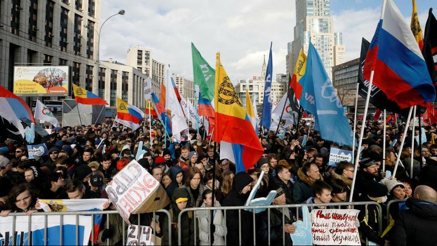 تظاهرات در روسیه به خاطر محدودیت های اینترنتی: پوتین، اینترنت را رها کن