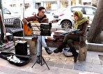 حضوری به رنگ بهار؛ وقتی دختران در خیابانهای تهران ساز میزنند (+فیلم)