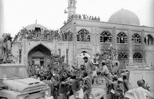 دو پیشنهاد برای تقویت وحدت ملی: «تبدیل فرهنگستان فارسی به فرهنگستان زبان های ایرانی» و «اصلاح قوانین و مقررات مرتبط با زبان»