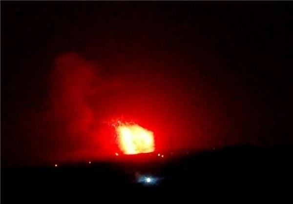 حملات موشکی به مواضع نظامی سوریه در حومه «حماه» و «حلب» (+عکس)