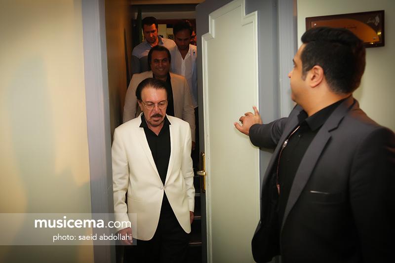 ناصر چشمآذر: