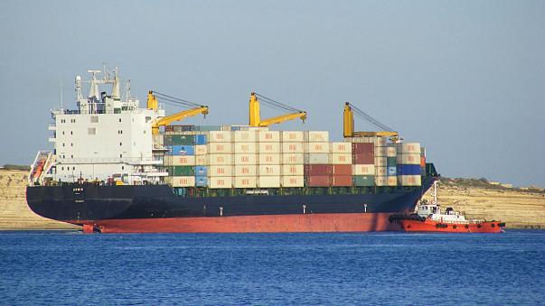 دو شرکت بزرگ کشتیرانی در همکاری با ایران بازنگری میکنند