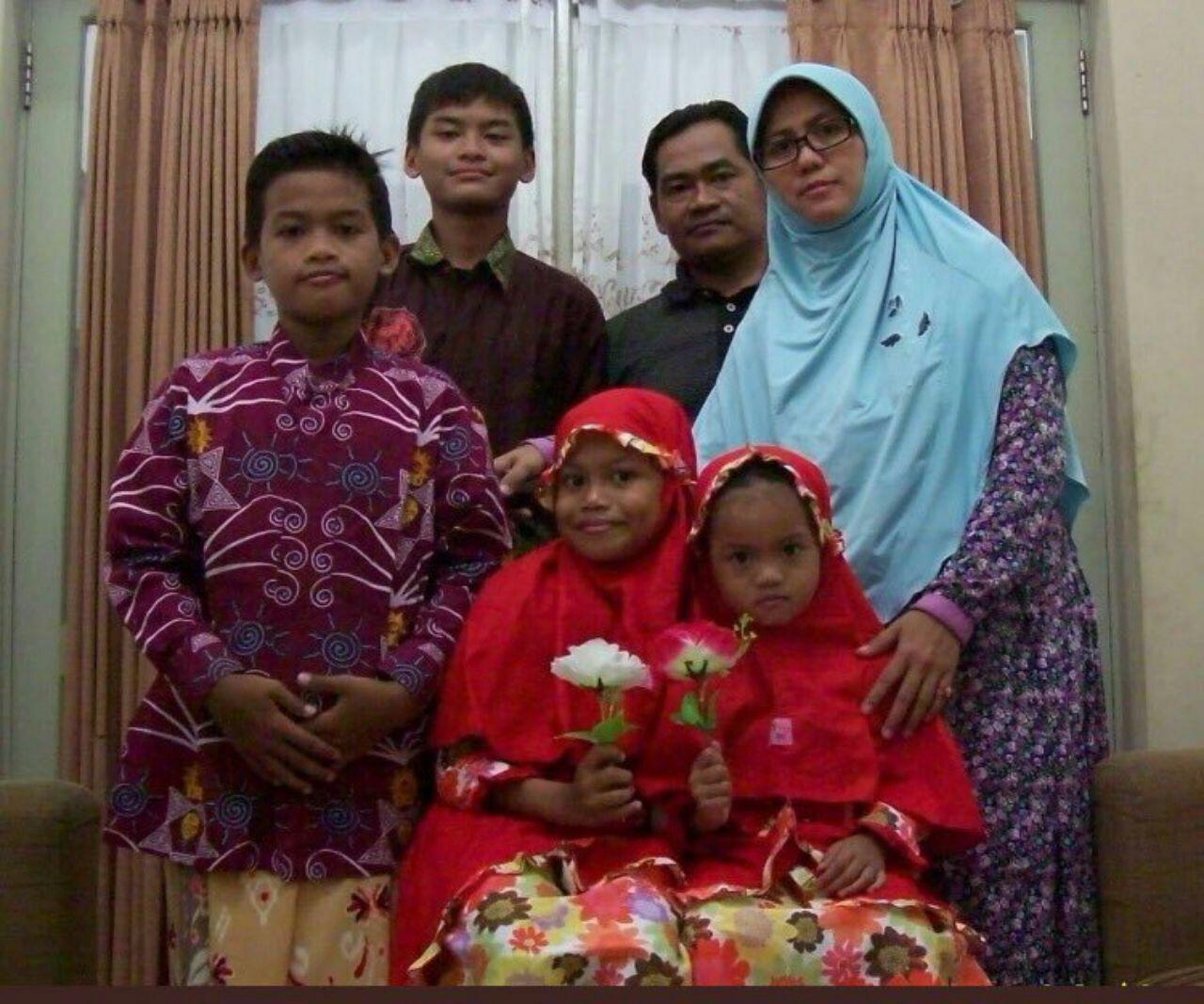 اعضای یک خانواده مسئول حمله به 3 کلیسا در اندونزی (عکس)