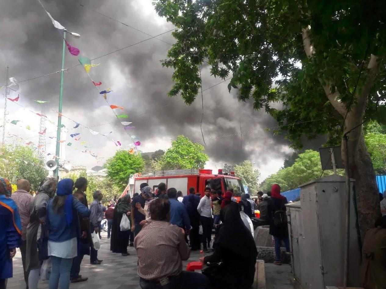 آتش سوزی در بازار تهران (+عکس)