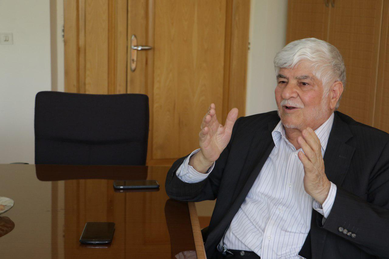محمد هاشمي: برخي از علما ميگفتند صدايي كه از زدن مداد به ميز خارج ميشود هم حرام است/ ما فقط اسم يك نظام اسلامي را يدك مي كشيم/ فرزندان آيتالله هاشمي پيگير علت فوت پدرشان هستند / برخي در تهران ماشينهايي سوار ميشوند كه در دنيا از آنها فقط چند عدد وجود دارد