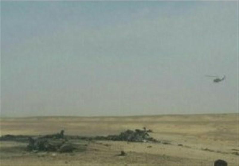 سقوط یک فروند جنگنده در اصفهان (+عکس)