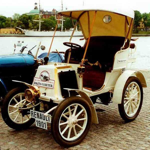 اولین خودروی رنو (عکس)