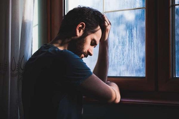 این سرنخهای ظریف افسردگی را نادیده نگیرید