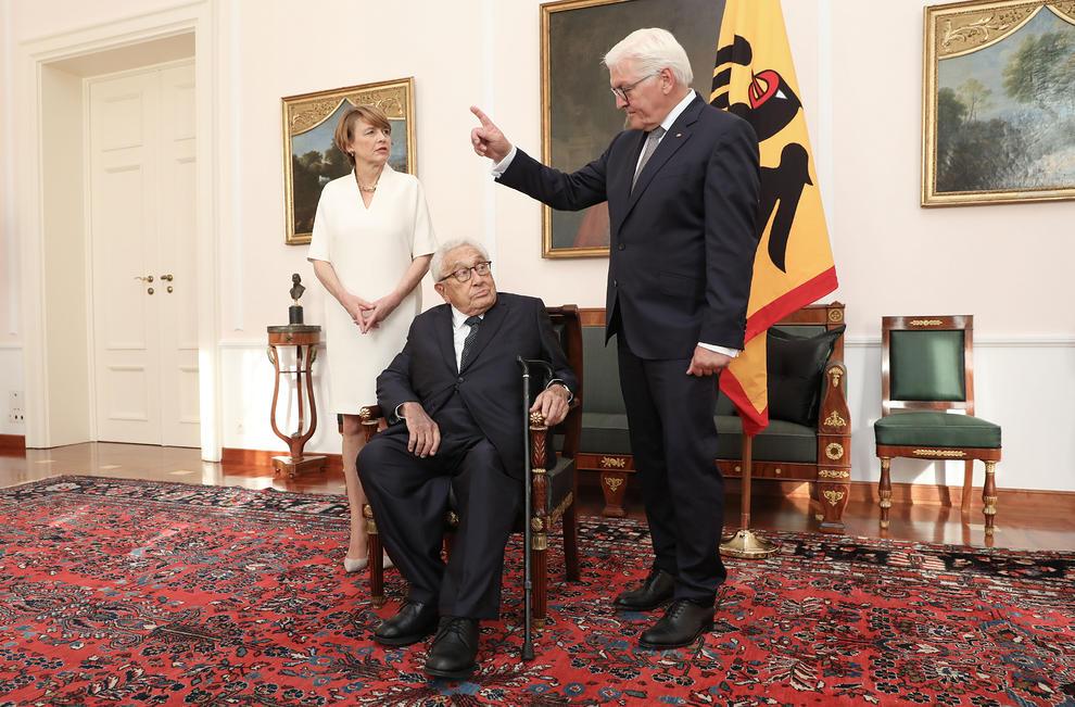تولد 95 سالگی هنری کسینجر (+عکس)