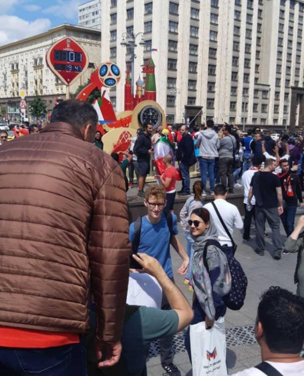 تنها بانوى خبرنگار ایرانی حاضر در روسیه،در میدان سرخ این کشور