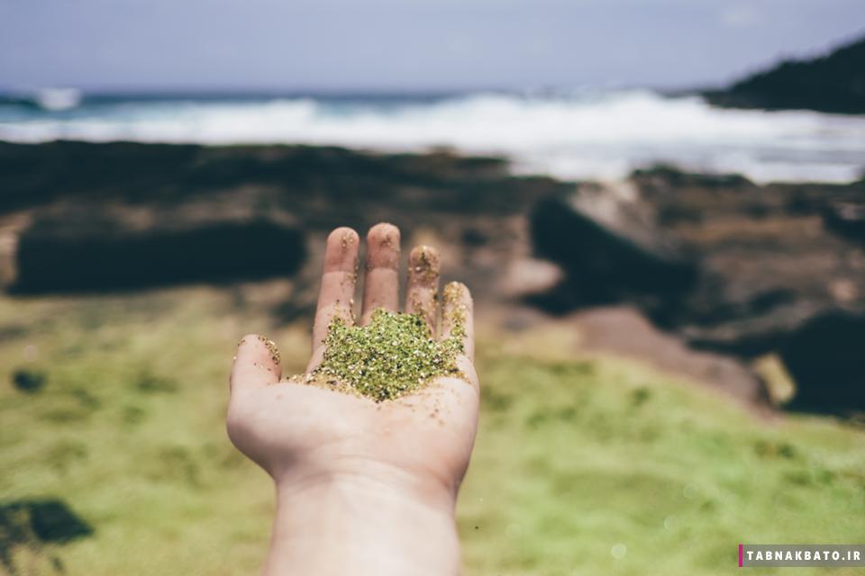 فوران سنگ های قیمتی از آتشفشان هاوایی (+عکس)