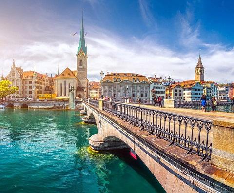 5 دلیل برای سفر به کشور سوئیس در فصل تابستان