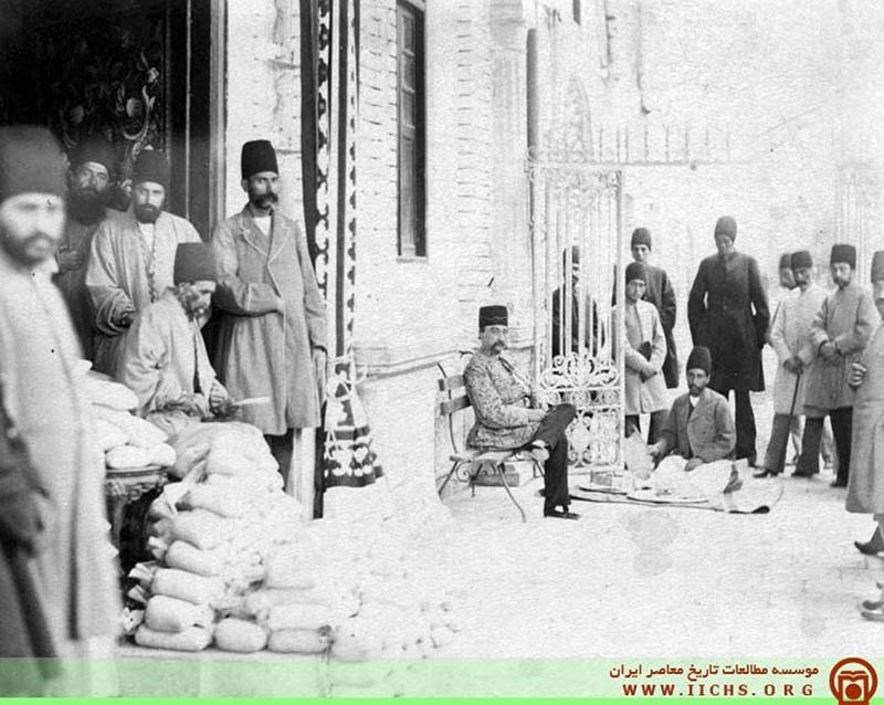 شمارش مالیات در حضور ناصرالدین شاه (عکس)
