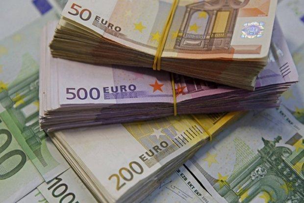 افزایش نرخ دلار دولتی؛ کاهش قیمت یورو و پوند
