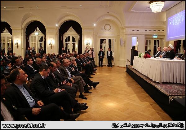 روحانی در سوییس: امکان ندارد نفت منطقه صادر شود و نفت ایران صادر نشود/ اگر میتوانید امتحان کنید تا نتیجهاش را ببینید