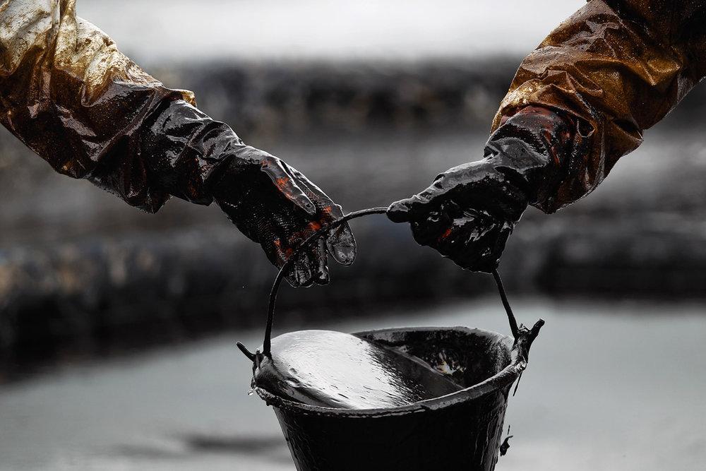 امان از این نفت، فغان از این مسوولان