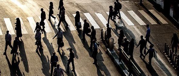 «بازگشت به مردم» تنها را عبور از بحران: ببینید اکثریت چه می خواهد؟