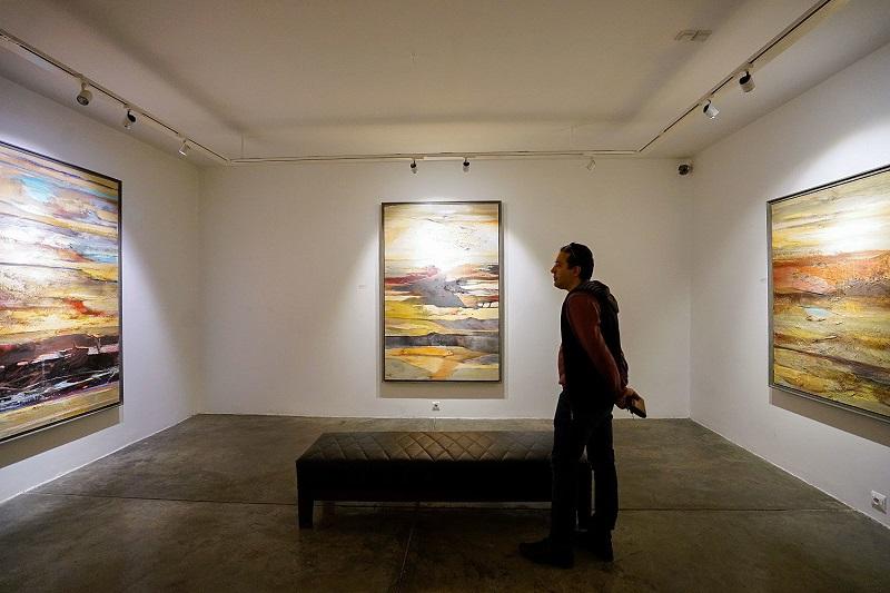 نمایشگاه گروهی «نقاشی و نقاشی خط» رویش در گالری ملت