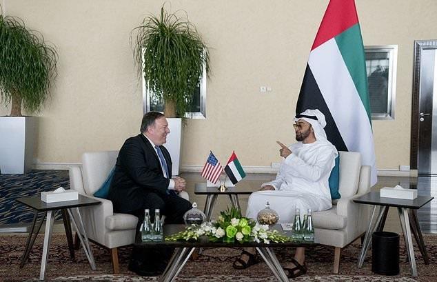 دیدار ولیعهد ابوظبی و پامپئو در امارات