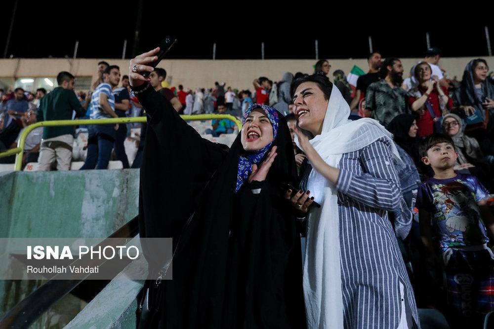حضور زنان در استادیوم و <a class='no-color' href='http://newsfa.ir/'> مشکل </a>ات بدیهی که حل نمی شوند